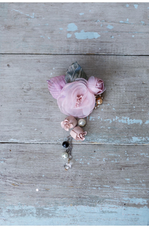 "Брошь ""Нежный цветок"" розовая"